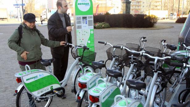 Na Bemowie można już wypożyczać miejskie rowery bemowo.waw.pl